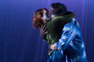 Carolyn Kashner as Lucy and Lee Ordeman as Dracula (Photo: Teresa Wood)